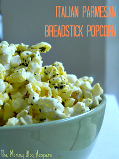 Italian Parmesan Breadstick Popcorn | The Mommy Blog Hoppers