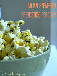 Italian Parmesan Breadstick Popcorn | The Mommy Blog Hoppers