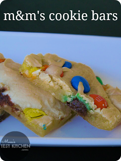 M&M's Cookie Bars | www.momstestkitchen.com