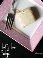 Taffy Tan Fudge | www.momstestkitchen.com | #ChristmasWeek