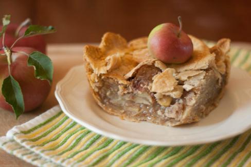 Mom's Apple Pie   All She Cooks