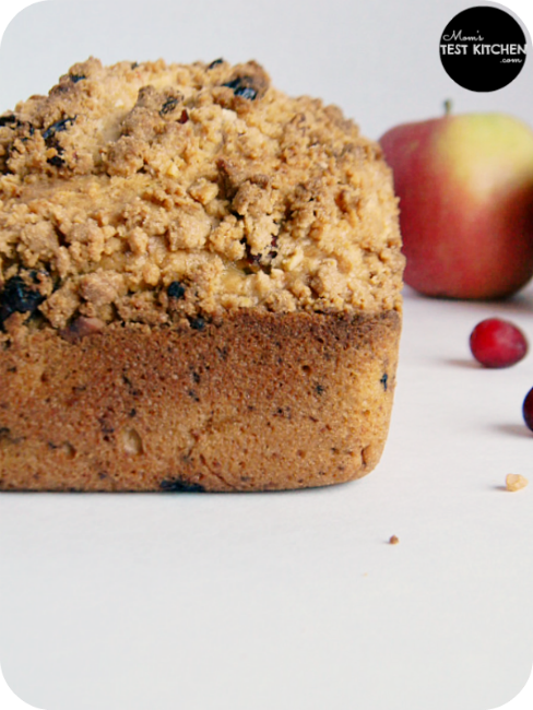 Cranberry Apple Bread with Almond Steusel