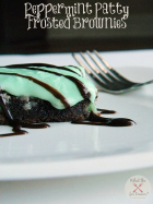 Peppermint Patty Frosted Brownies | www.momstestkitchen.com