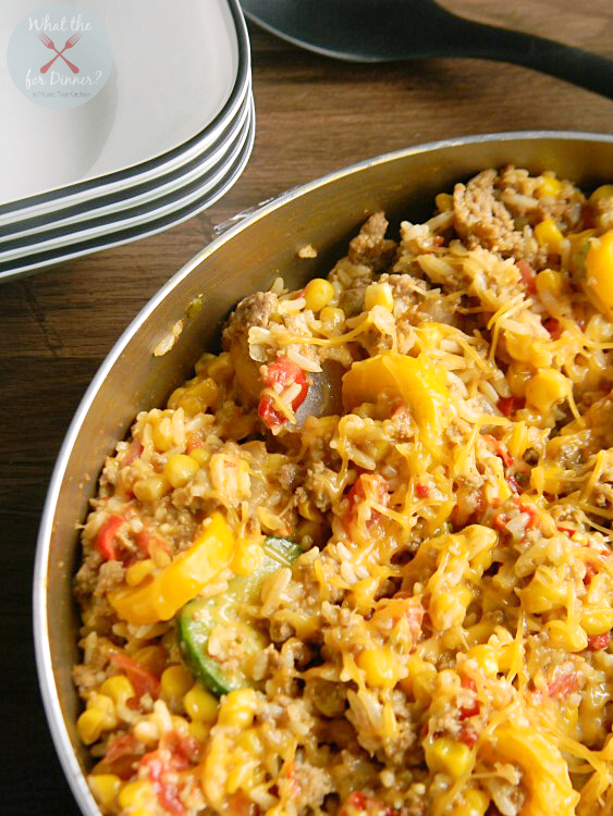 In the mood for a Mexican inspired meal? In less than 20 minutes, you can serve up this easy, hearty Enchilada Style Chicken, Vegetable & Rice Skillet!