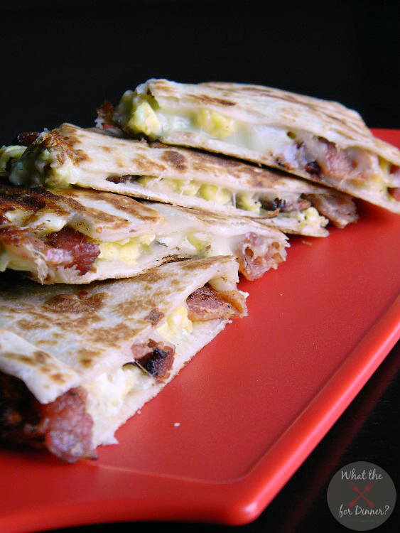 Avocado Ranch Breakfast Quesadillas | MomsTestKitchen.com | #PackedwithSavings #CBias #ad
