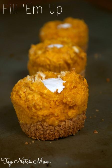 Pumpkin S'more Cupcakes | Contributor www.topnotchmom.com | www.momstestkitchen.com
