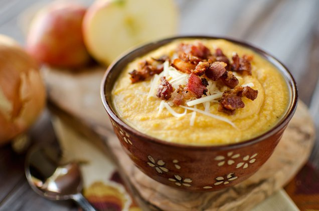 Roasted-Butternut-Squash-and-Bacon-Soup-2-copy
