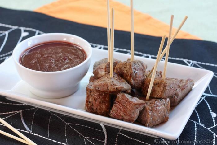 Steak-Bites-Bloody-Maria-Dipping-Sauce-1-700x466