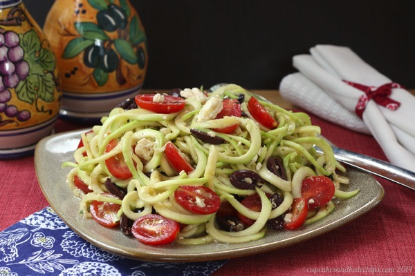 Zucchini-Noodles-Zoodles-Greek-Salad-3